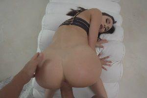 Секс от первого лица с сексуальной шлюхой Lilu Moon